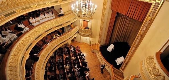 Francofonia in 4 acte: muzica, film, dans, culinar
