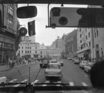 Bucuresti 1977, printr-un parbriz de autocar