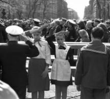45 de fotografii care descriu viata de zi cu zi in fosta URSS